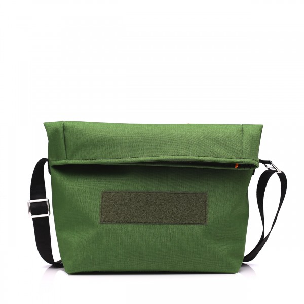 Handtasche - wandelbar - nachhaltig - Komplizin - moosgrün - 1