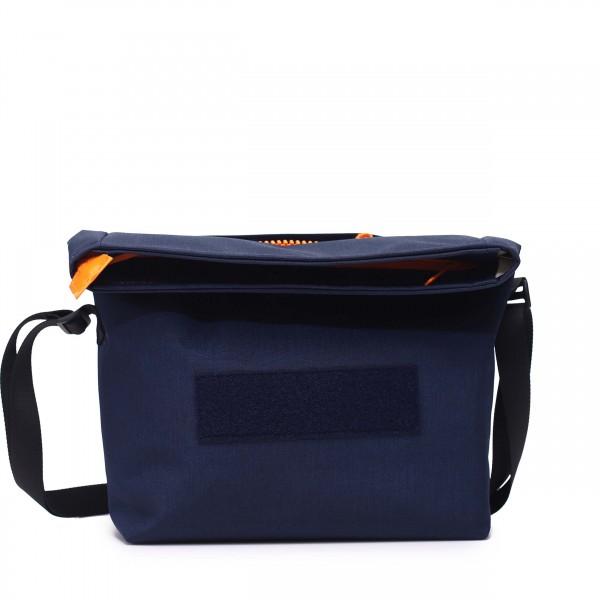 Handtasche - wandelbar - nachhaltig - Komplizin - marine - 1